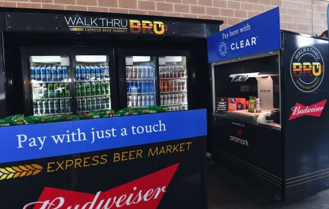 The New York Mets and Aramark launched the first fully-automated self-checkout concessions experience, which combines Mashgin's AI-powered self-checkout kiosk and CLEAR's biometric identity platform. (Photo: Business Wire)