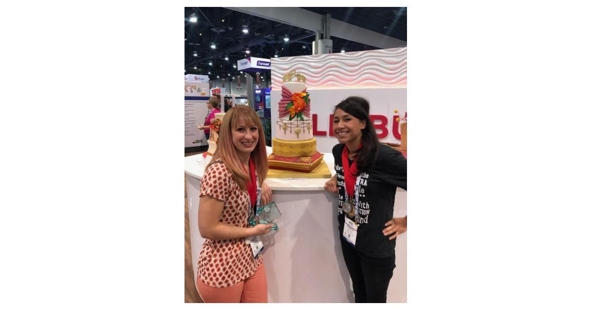 Creative Cake's Elite Decorators take Second Place at IBIE