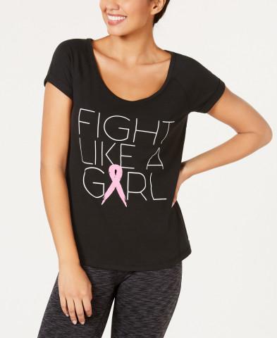 """Compra en línea y en la tienda en The Pink Shop en Macy's durante este mes de octubre para apoyar a las Vencedoras de cáncer de seno. T-shirt con lema """"Fight Like a Girl"""" de la marca Ideology, $29.50 (Photo: Business Wire)"""