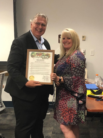 In September, the San Diego Board of Supervisors awarded Health Net a proclamation, recognizing the company as a Live Well San Diego partner. The proclamation also declared September 12, 2019 as Health Net Live Well San Diego day throughout the county. Health Net Vice President of Regional Operations, Kathleen Lang, accepted the award on behalf of the company at the offices of the Health and Human Services Agency. (Photo: Business Wire)