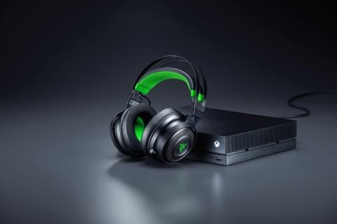 Razer Nari Ultimate for Xbox One wireless headset (Photo: Business Wire)
