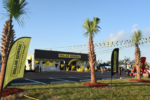 Dollar General celebrates the grand opening of its 16,000th store today in Panama City, Florida. Photo by Tim Allen Photography.