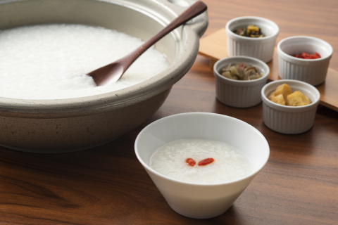 Breakfast porridge (Photo: Business Wire)
