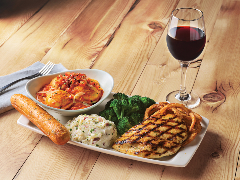 Pasta and Meat Lovers Unite - Applebee's® Unveils New Pasta & Grill Combos for an Unmatched Meal (Photo: Business Wire)