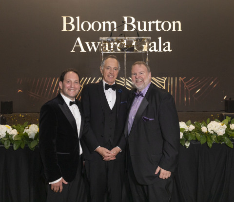 Dr. Poul Sorensen, recipient of the 2019 Bloom Burton Award, pictured with Jolyon Burton (right) and Brian Bloom (left) at the Bloom Burton Award Gala in Toronto on September 26, 2019. (Photo: Business Wire)