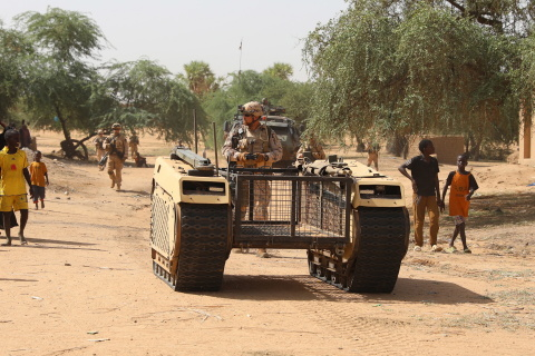 The Estpla-32 infantry platoon currently serving in Mali deployed for the first time the Milrem Robotics THeMIS unmanned ground vehicle (UGV) during a military operation, testing its implementation in support of infantry in the conflict area from both a tactical and a technical viewpoint. (Photo: Business Wire)