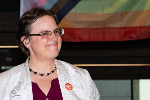 Aramark, a global leader in food, facilities management and uniforms, has named Kris Reinhardt the 2019 Pride of Aramark awardee, in recognition of her commitment to advancing the Aramark PRIDE employee resource group and supporting the LGBT community. (Photo: Business Wire)
