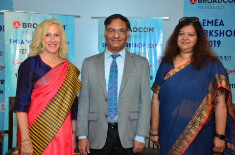 Paula Golden, President of Broadcom Foundation, Professor Ashutosh Sharma, Secretary to the Government of India, Department of Science and Technology, a co-sponsor of IRIS and Sharon E. Kumar, IRIS Fair Director (Photo: Business Wire)