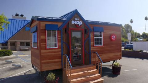 IHOP is offering fans a once-in-a-lifetime dining experience: a meal in the world's tiniest IHOP restaurant – exclusively available for MyHOP members. Sign up for MyHOP by October 20 to unlock reservations and sweepstakes access. (Photo: Business Wire)
