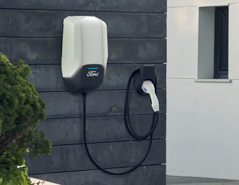 For Ford electric vehicle customers with longer commutes or who want greater peace of mind, a Ford Connected Charge Station can fully power a vehicle overnight while they sleep. (Photo: Business Wire)