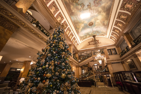 Celebrate the holidays at Milwaukee's historic Pfister Hotel (Photo: Business Wire)