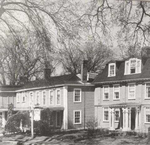 Concord's Colonial Inn (1716) Concord, Massachusetts (Photo: Business Wire)