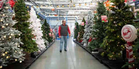 Walmart to deliver more items, savings and conveniences for customers and their families this holiday season. (Photo: Business Wire)