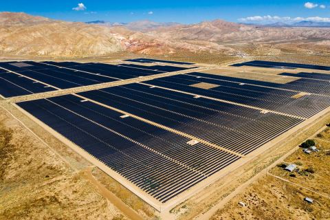8minute Solar Energy and Doosan GridTech will develop an advanced control platform with predictive dispatch capability at the Springbok 3 solar plant in the Mojave Desert. (Photo Credit: 8minute Solar Energy)