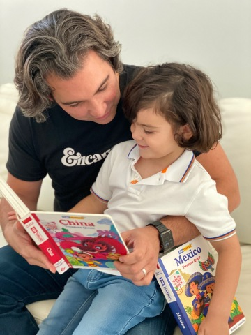 Reading Tiny Travelers Treasure Quest to inspired kids to become citizens of the world.  (Photo: Business Wire)