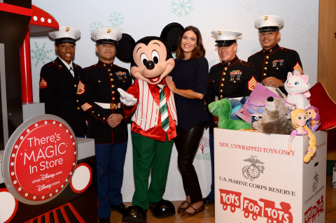 Mandy Moore with U.S. Marines and Holiday Mickey kick off shopDisney.com| Disney store's Holiday campaign at Glendale Galleria Disney store. Now through December 15, 2019, for every new, unwrapped toy donated at a Disney store in the U.S. or online through shopDisney.com, Disney will donate $1 to Toys for Tots (toysfortots.org) (Photo: Business Wire)
