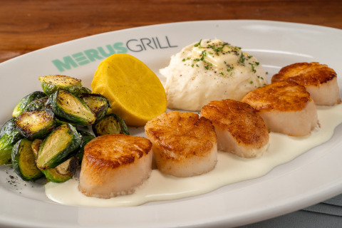 Pan-Seared Scallops (Photo: Business Wire)