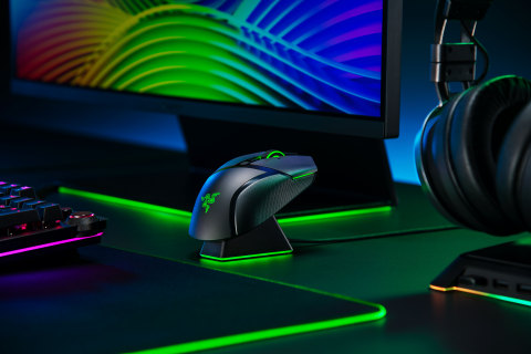 The Razer Basilisk Ultimate wireless gaming mouse comes packaged with a customizable RGB charging dock for quick and simple charging. (Photo: Business Wire)