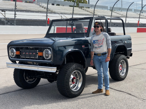 The Blaney Bronco features an Eaton ELocker locking front differential, a Detroit Truetrac limited slip rear differential, and a Harrop Supercharger featuring Eaton TVS® Technology. Eaton differentials are exclusively used on all Gateway Bronco builds. (Photo: Business Wire)