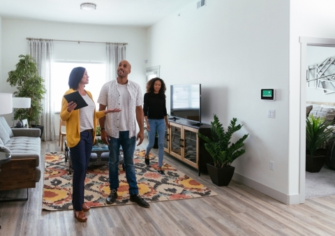 Part of the Vivint Smart Home suite of smart home products designed for multifamily properties, Guest Access eliminates the need for property managers to be physically present when vendors arrive to do work or prospects opt to self-tour. (Photo: Business Wire)