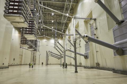 Inside the Valve Hall of the Champa-Kurukshetra HVDC Converter Station, image courtesy of GE (Photo: Business Wire)