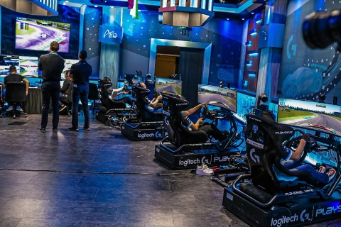 8 grand finalists compete for the Logitech G Challenge eRacing Grand Final Championship in Las Vegas, Nevada (Photo: Business Wire)