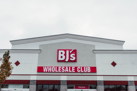 BJ's Wholesale Club, a leading warehouse club operator in the Eastern United States, will host a grand opening celebration at its new clubs in Madison Heights and Taylor, Mich., from Thursday, Nov. 21, 2019 through Sunday Nov. 24, 2019. (Photo: Business Wire)
