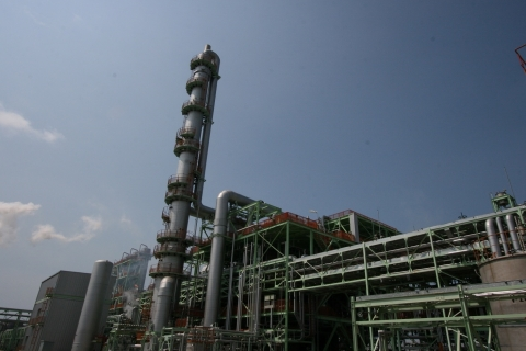 AA plant of PT. NIPPON SHOKUBAI INDONESIA (Photo: Business Wire)