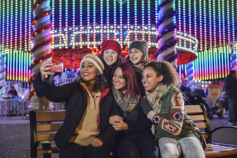 Pose with family and friends for a picture-perfect selfie during Holiday in the Park® at 13 Six Flags locations nationwide. (Photo: Business Wire)