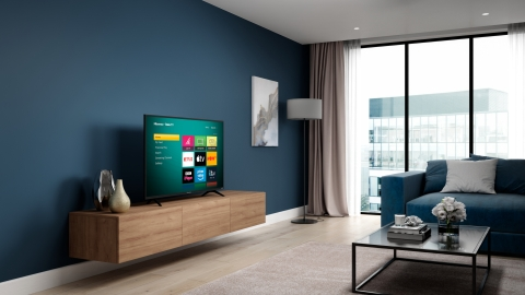 Hisense Roku TV - UK - Lifestyle (Photo: Business Wire)