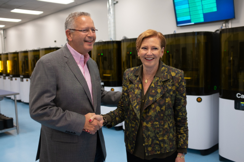 Carbon Appoints Ellen Kullman President and CEO, Dr. Joseph DeSimone Named Executive Chairman (Photo: Business Wire)