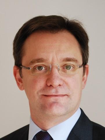 CARMAT nomme Alexandre Eleonore au poste de Directeur industriel (Photo: Business Wire)