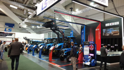 """LS Mtron of Korea, specializing in industrial machines and state-of-the-art components, participated in 'Agritechnica 2019'. The company has participated in the exhibition since 2015. This year, LS Mtron had a booth covering 205 square meters to showcase its products. Under banners reading """"Change Your Standard,"""" LS Mtron exhibited products that stressed both 'reliability' and 'rationality'. In particular, tractors featuring innovative futuristic design and technology were favorably received by visitors. (Photo: Business Wire)"""