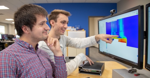 The OnLogic team analyzing its thermal simulation results in a web browser on SimScale (Photo: Business Wire)