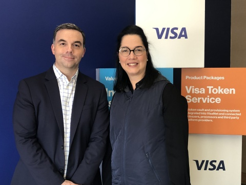 Arnoldo Reyes, Vice President of Digital Partnerships, Fintech & Ventures for Visa Latin America and the Caribbean; Anabel Perez, co-founder and CEO of NovoPayment (Photo: Business Wire)