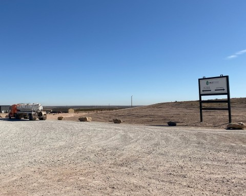 Offering co-located slurry injection and landfill disposal services allows Milestone to dispose of liquid and solid oilfield waste streams in the most efficient and environmentally secure manner available. (Photo: Business Wire)