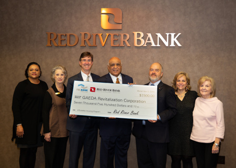 Red River Bank yesterday awarded a $7,500 grant to GAEDA Revitalization Corporation to help the organization revitalize Louisiana neighborhoods. (Photo: Business Wire)