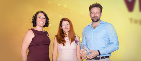 Pacific Prime receives the Top Producer 2019 award from AXA (Gulf). From left to right, Anita Brooks, Senior Manager of Employee Benefits, SME, and Retail at AXA Gulf, Laura Gerstein, Chief Employee Benefits Officer at AXA Gulf, and Neil Carruthers, Corporate Account Manager at Pacific Prime. (Photo: Business Wire)