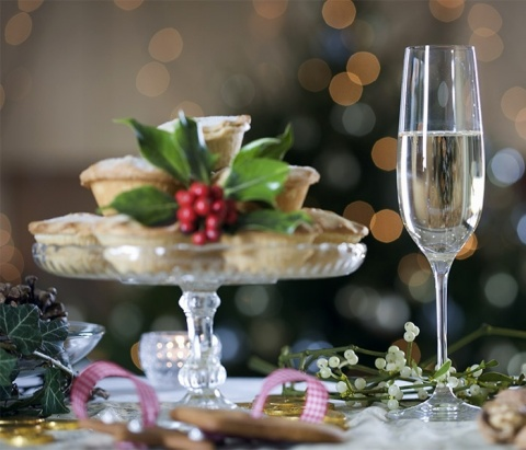 Champagne food pairing (Photo: Business Wire)