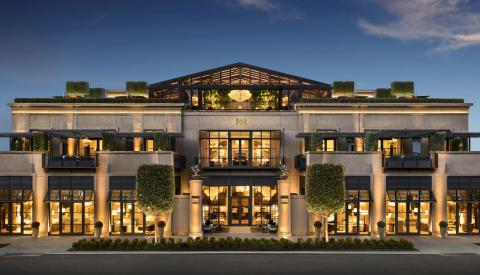 RH COLUMBUS, THE GALLERY AT EASTON TOWN CENTER (Photo: Business Wire)
