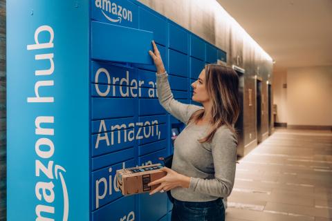 Amazon Hub Locker (Photo: Business Wire)