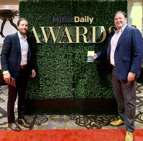 Cresco Labs CEO and Co-founder Charlie Bachtell and President and Co-founder Joe Caltabiano receive the U.S. Cannabis Industry Game Changer Award from MJBIZ (Photo: Business Wire)