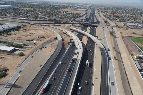 Fluor-led JV completes the new Loop 202 South Mountain Freeway and interchange west of Phoenix. (Photo: Business Wire)