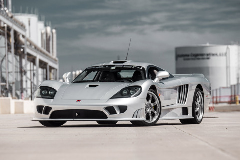 """Lot 1397—2003 Saleen S7: Just one of 78 vehicles built, this car has been autographed by Steve Saleen. This Saleen S7 can reach 224+ mph, making it """"…a very fast car that is fun to drive and never fails to draw admiring looks everywhere it goes."""" (Photo: Proxibid and Barrett-Jackson)"""