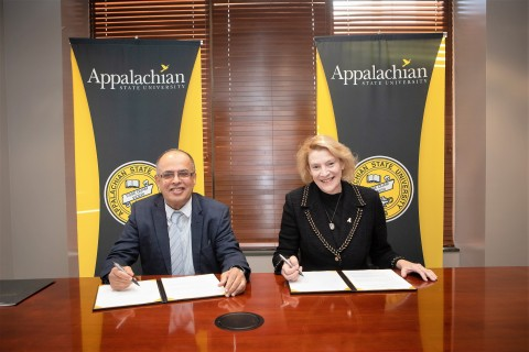 Professor Hassan Hamdan Al Alkim, the President of AURAK, and Dr. Sheri Everts, the Chancellor of Appalachian State University, signed a memorandum of understanding in a ceremony held at Appalachian State University. (Photo: AETOSWire)