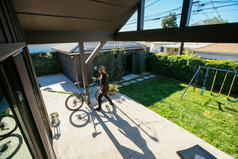 If someone lingers for too long on your property, the Vivint Outdoor Camera Pro illuminates a red LED light ring and sounds a customizable warning tone to alert lurkers that they have been spotted. (Photo: Business Wire)