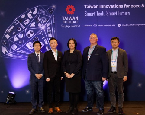 Taiwan Excellence Press Conference @ CES 2020. Speakers from left to right: Ultracker Field Application Engineer, Gary Yang; Noodoe VP of Sales, Thomas Tang; TAITRA Strategic Marketing Department Manager, Eva Peng; CyberLink Senior VP Global Marketing, Richard Carriere; Mindtronic AI Senior Director of Strategic Partner and Business Development, Ran Gao. (Photo: Business Wire)