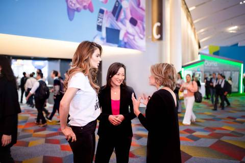 Maria Menounos, Rally Health's Brenda Yang and Katie Couric at CES 2020 discuss the Rally Experience. (Photo: Business Wire)