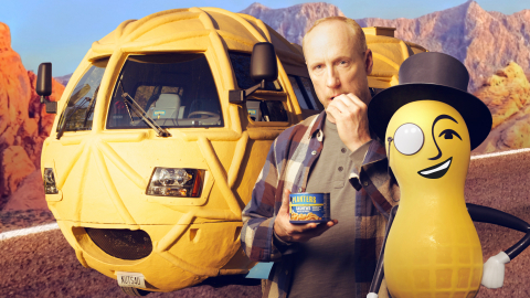 Matt Walsh with the PLANTERS NUTmobile and MR. PEANUT. (Photo: Business Wire)