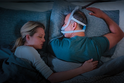 AirFit F30i tube-up full face mask, couple sleeping (Photo: Business Wire)
